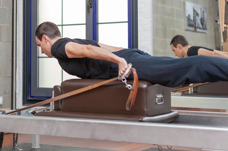 Postura pilates para el dolor de espalda